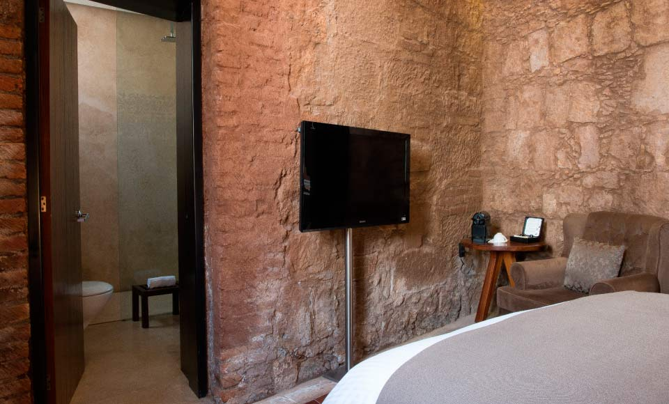 Couch junior suite Hotel Boutique Casa Madero