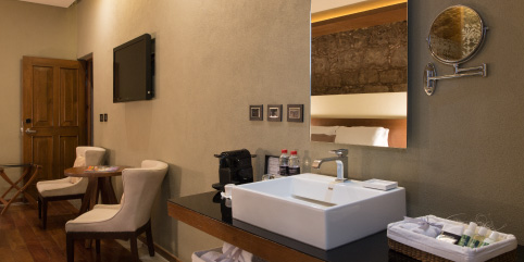 Ducha junior suite Hotel Boutique Casa Madero